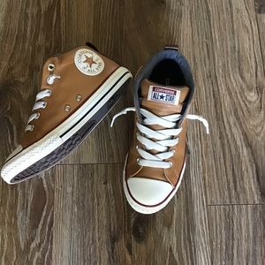 Converse All Star Chuck Taylor Leather Women's 5